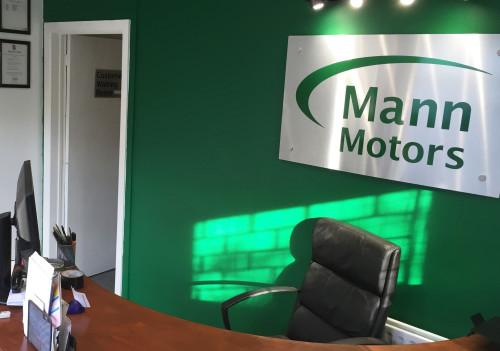 Mann Motors garage in Leighton Buzzard